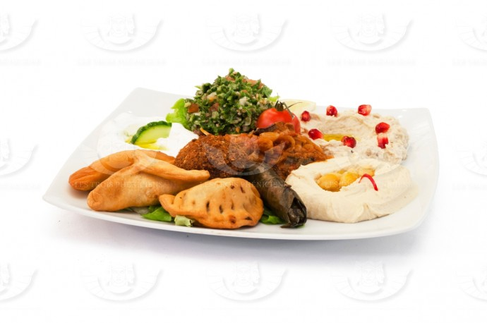 THE FLAVORS OF LEBANON PLATE